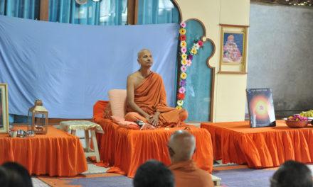 શક્તિ આસુરી હોય કે દૈવી, વિજય તો સદા સત્યનો જ થાય છે | વાક્પુષ્પ